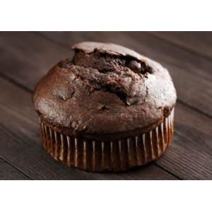 Mufinki czekoladowo-truskawkowe z polewą