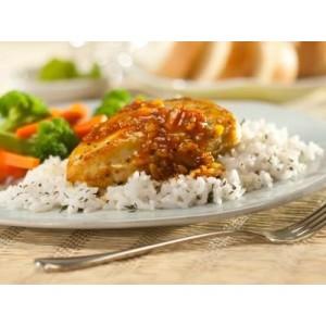 Aromatyczne kąski kurczaka w sosie rozmarynowym